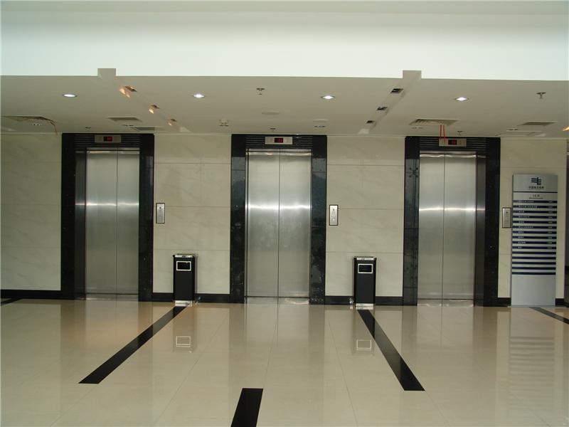 回收二手电梯设备