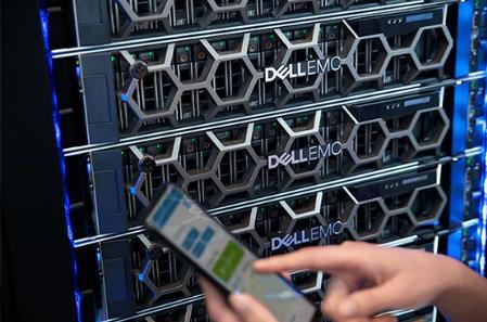 戴尔R450机架式服务器到货,配备第3代英特尔®至强®可扩展处理器
