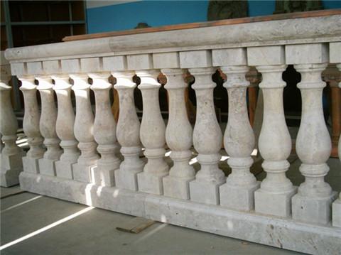 ballbet体育平台花瓶柱
