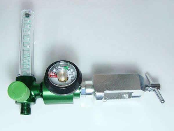 氧气吸入器