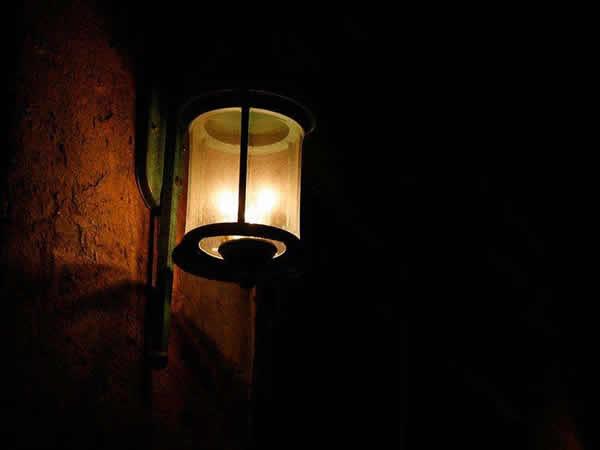 户外墙壁灯