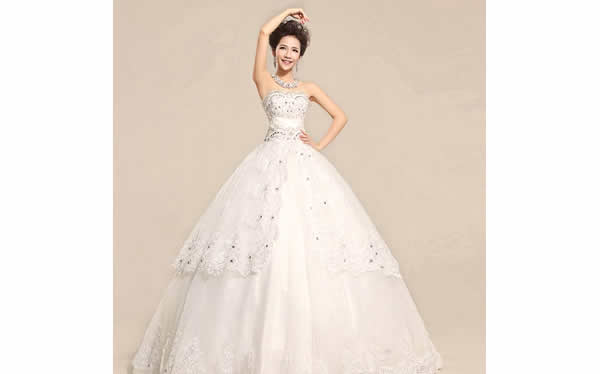 新娘蕾丝婚纱