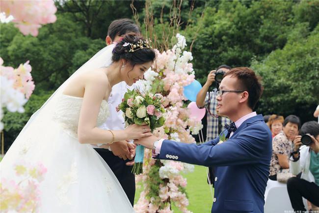 草坪婚礼策划案例