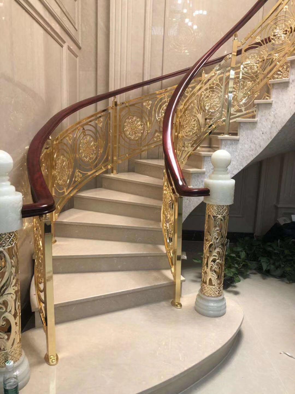 楼梯立柱厂家