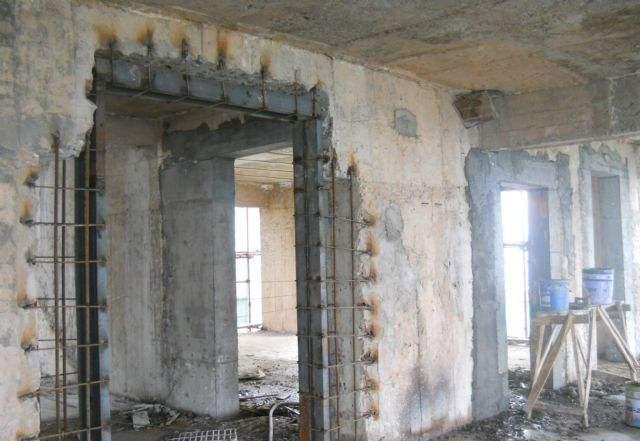 楼房墙体改梁