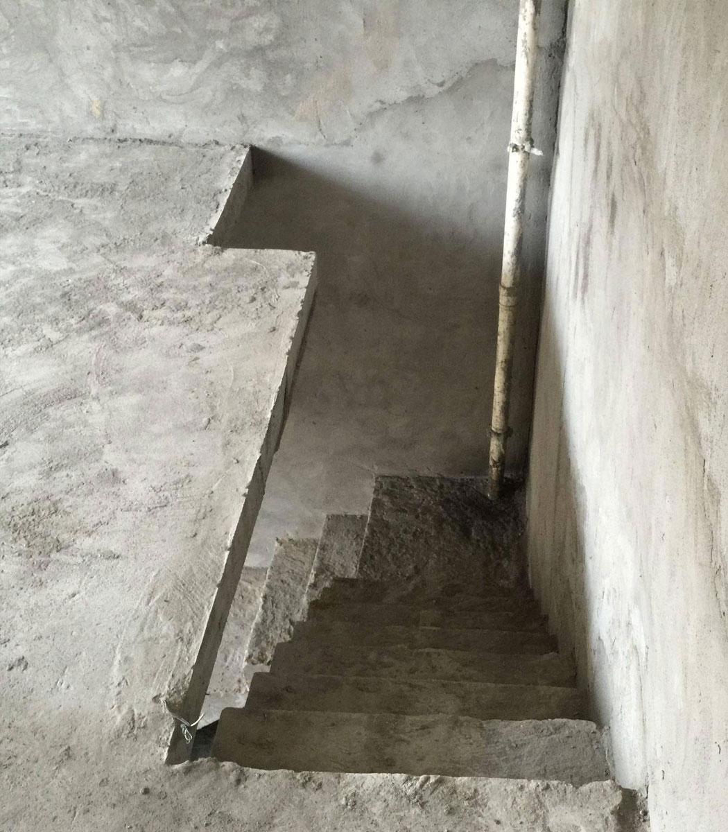 房屋楼梯加固