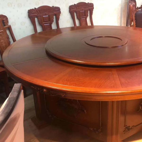 木質、鋼質、藤質、塑料、玻璃,你喜歡那種材質的餐桌椅?