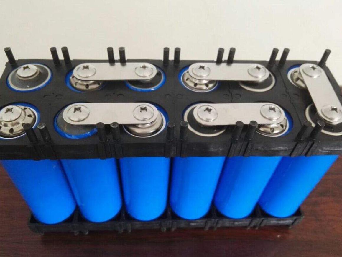 南阳磷酸铁锂电池