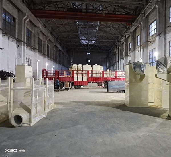 山东临沂客户发货现场,艾绒加工生产线配套