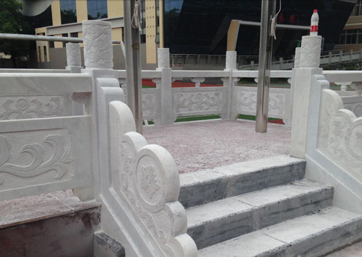 汉白玉旗台栏杆雕刻