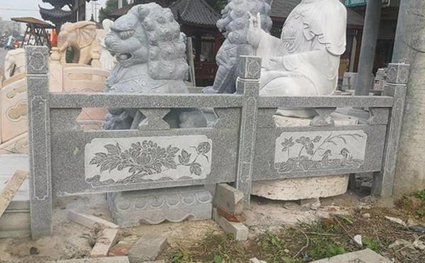 邓县青石石雕栏杆安装