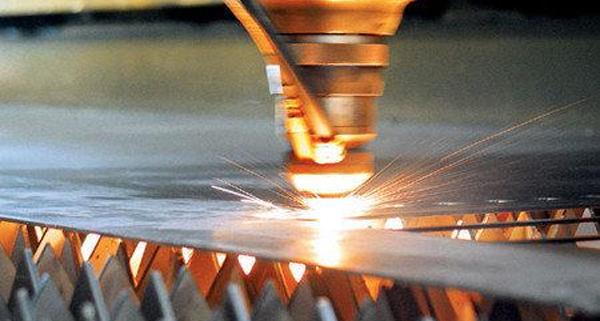 激光切割时材料烧边的问题解决办法?
