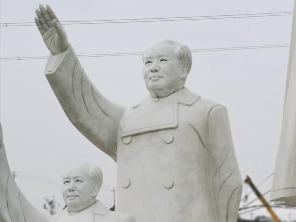 3米高毛主席招手石雕像