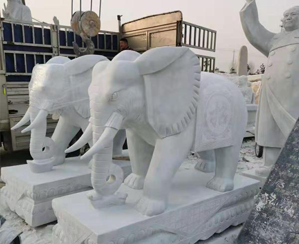 佳木斯高1.8米汉白玉大象发往上蔡县