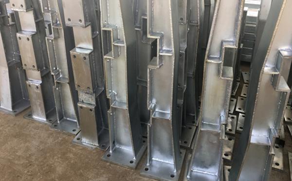 防撞護欄一般怎樣做防腐設置呢?