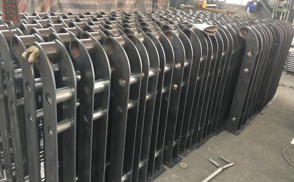 护栏在后期使用中,该怎样维护呢?