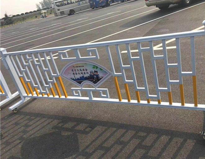 高速公路波形护栏工程