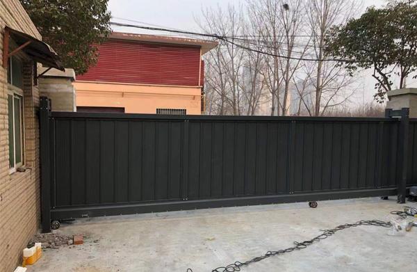 南阳高新工业园区,直线平移门安装完成