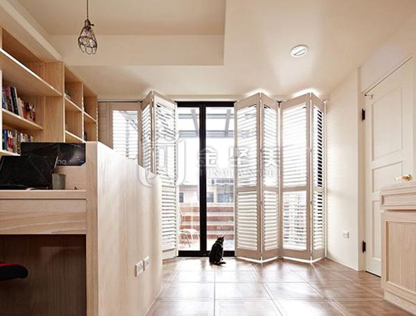 家装折叠门