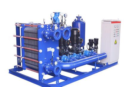 河南板式换热器在起吊过程中避免变形损坏。