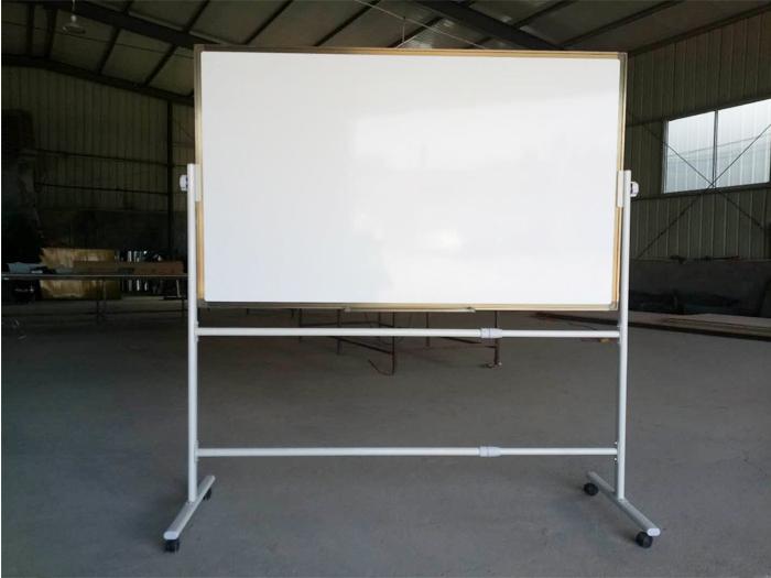 怎样购买高品质教学黑板?