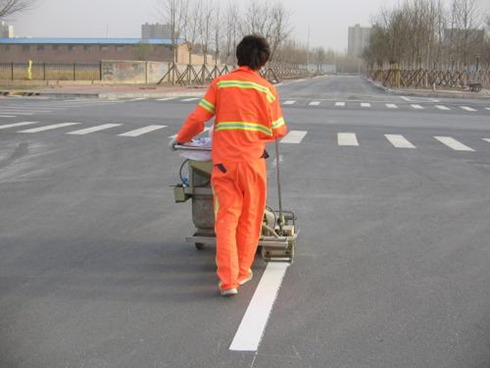 河北道路标线涂料施工完成后的养护维修方法。