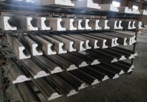 安装河北EPS装饰线条采用聚合物砂浆与墙面粘贴。