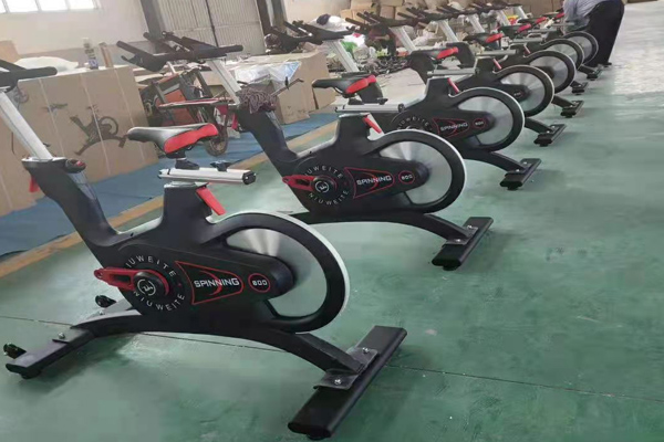 磁控动感单车厂家