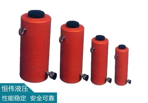 液压千斤顶具有输出力大、重量轻、远距离操作的特色。