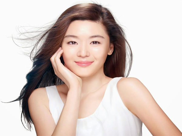 千盛化妆品公司讲述美容护肤偏方缩小毛孔