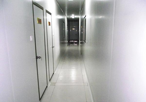 清潔走廊一角