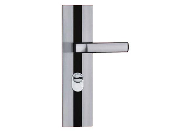 南阳专业开锁公司讲述平时家用门锁不好开如果改善?