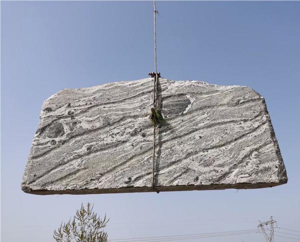 3米泰山石卧石定制
