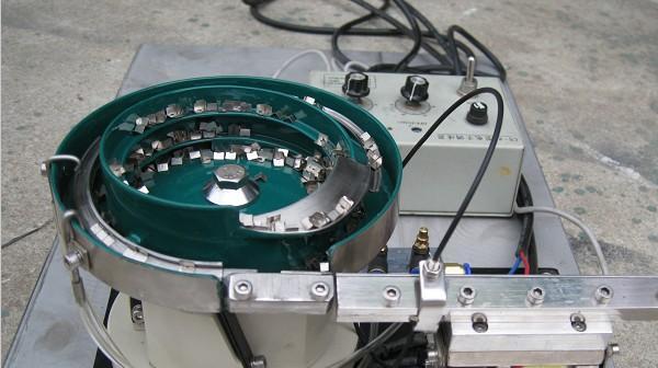振动盘的几点要素如何辨别呢?