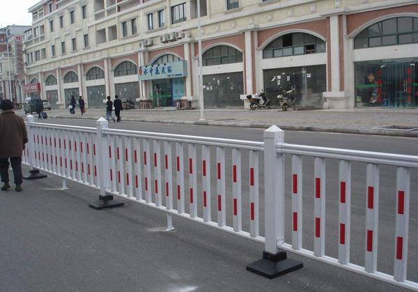 城市人行道护栏