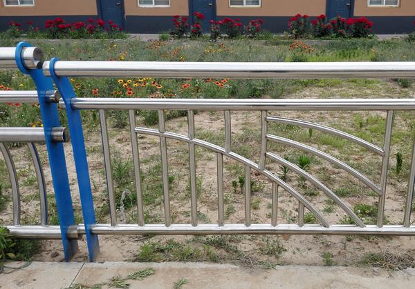 交通道路护栏