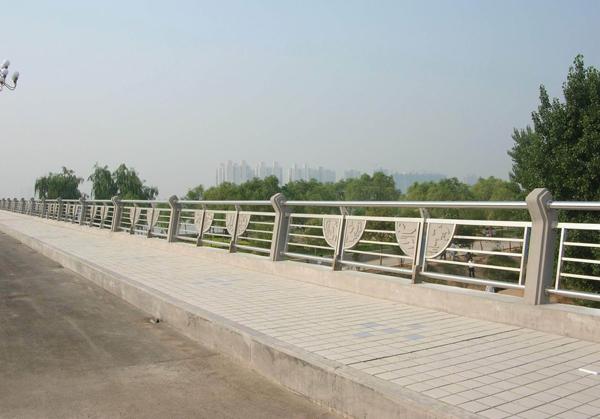 葫芦岛城市桥梁护栏
