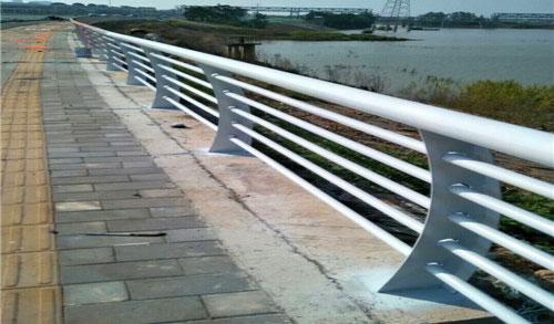 桥梁护栏外露安装时,电缆线该怎安装呢?