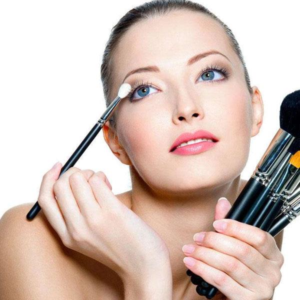 化妆造型大专班