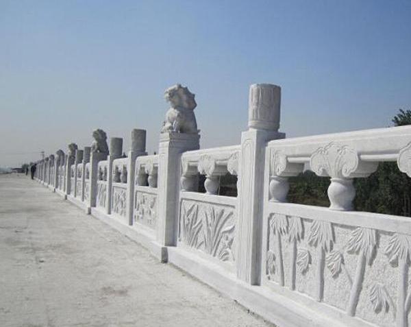 雕花石雕栏杆