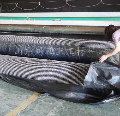 膨润土复合防水毯
