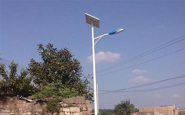 南阳太阳能路灯厂家