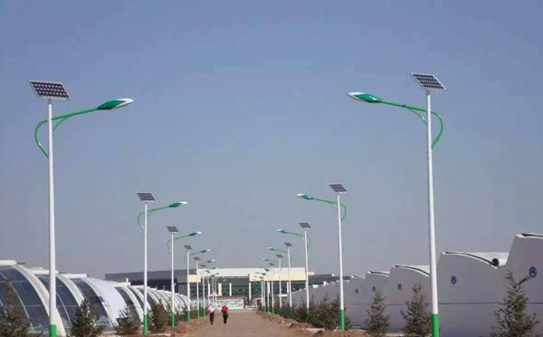 内乡太阳能路灯定制