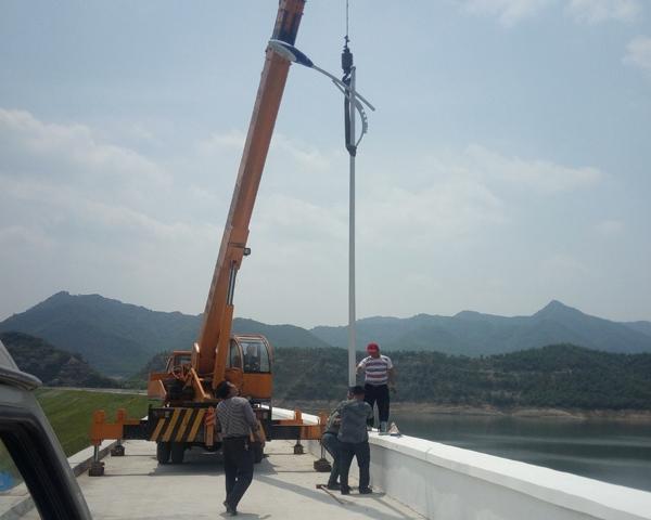 西峡太阳能路灯安装现场