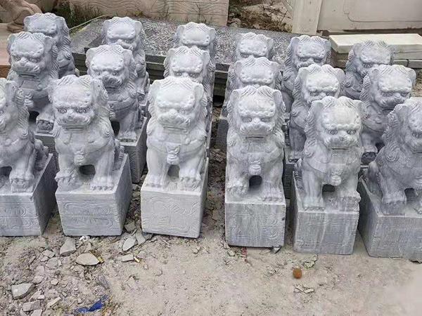 景区石雕狮子