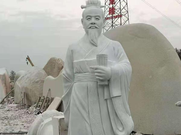 石雕人物雕刻的意义,展现社会文化气息!