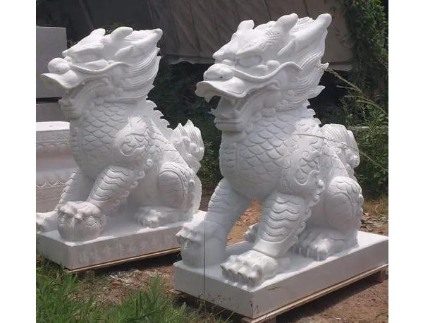 定做石雕麒麟一般厂家要做哪些准备?
