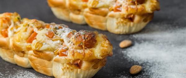 为何南阳面包烘焙培训做面包不用全麦粉,要用高筋粉?