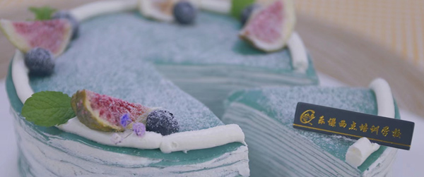 夏天怎样开一家蛋糕烘焙店,哪几点比较重要呢
