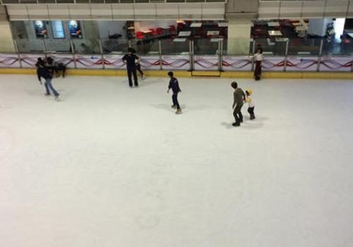 聚乙烯溜冰场滑板